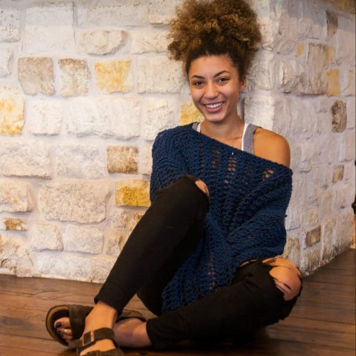 Glaese – FREE, fast and fun knit sweater pattern